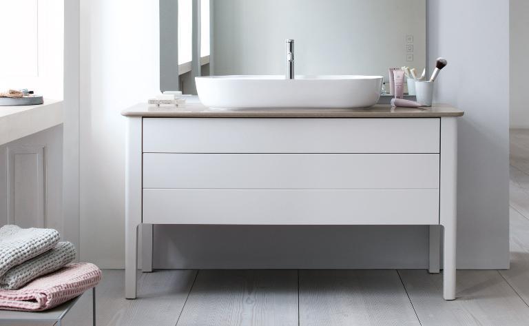 Duravit Luv: Badmöbel, WCs und mehr im dänischen Design | Duravit | {Badmöbel stehend 86}