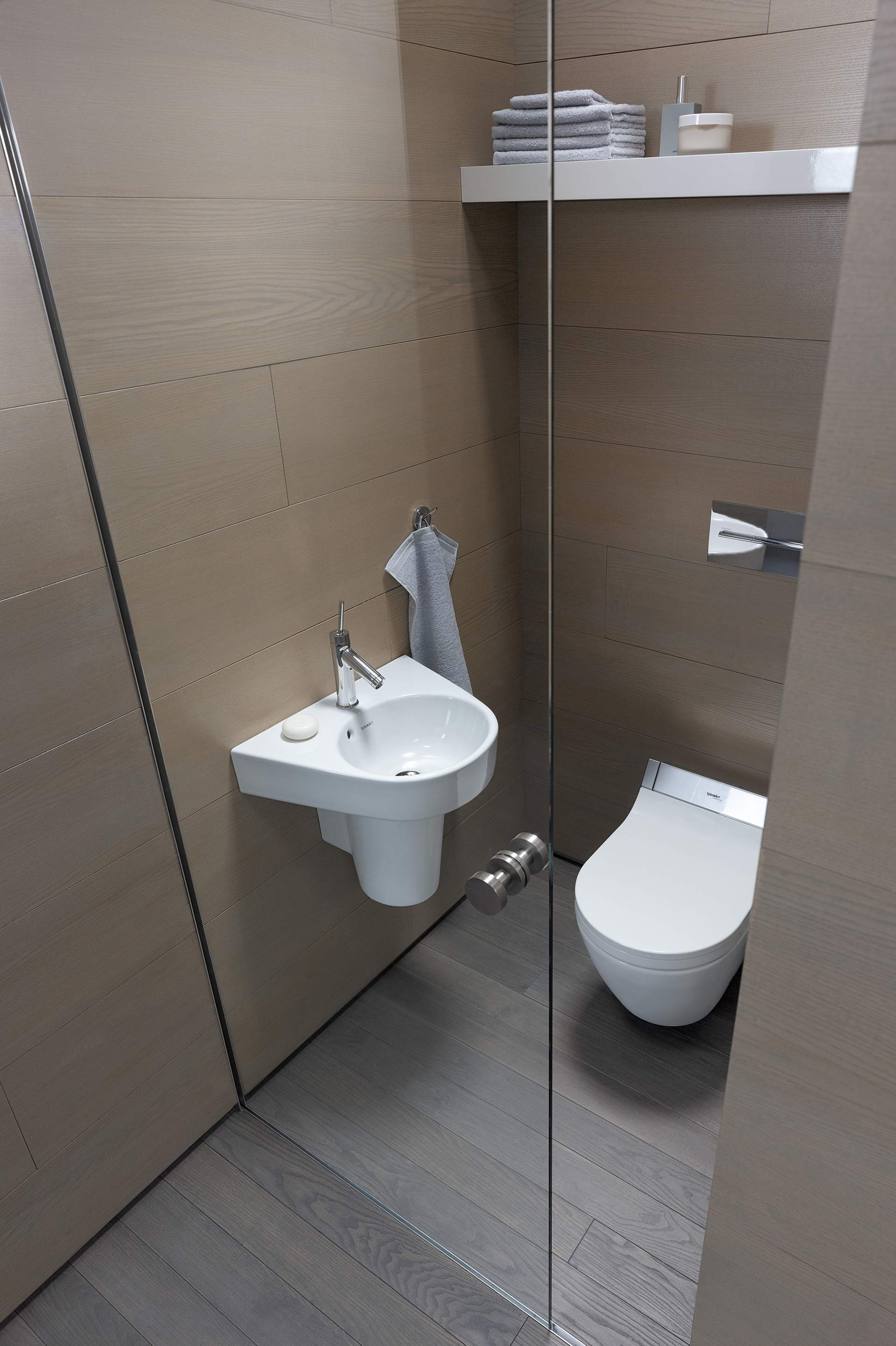 Für Duravit Habe Ich Einmal Ein Kleines Bad Ganz In Orange Gestaltet, Und  Die Überraschung, Dass Auf überschaubarem Raum Plötzlich Eine Ganz ...