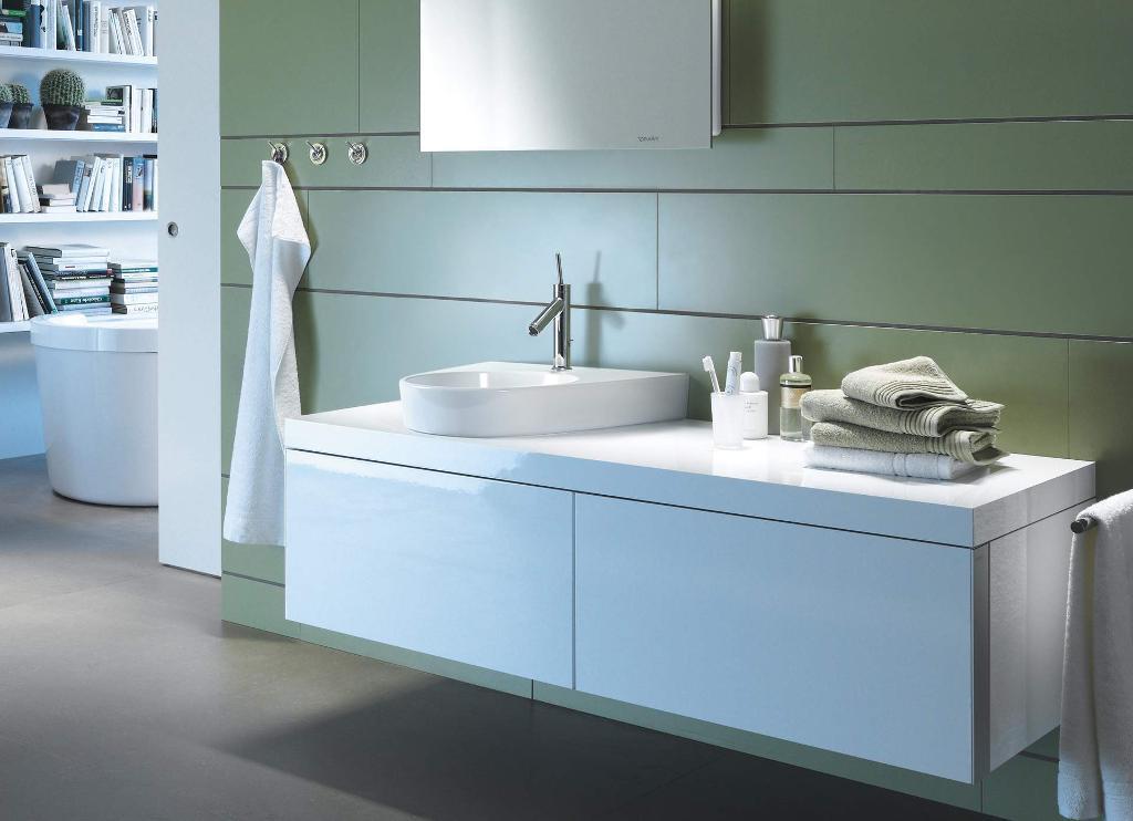 Starck 2: WCs, Bidets & Waschtische für Design-Bäder | Duravit